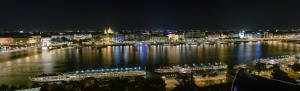 Budapest by night river views - photo GilesVidal.com