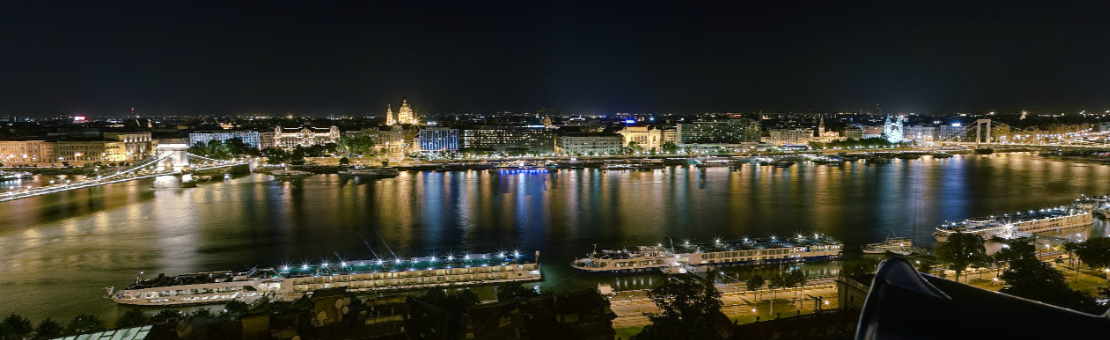 Budapest by night river views - photo GilesVidal.com