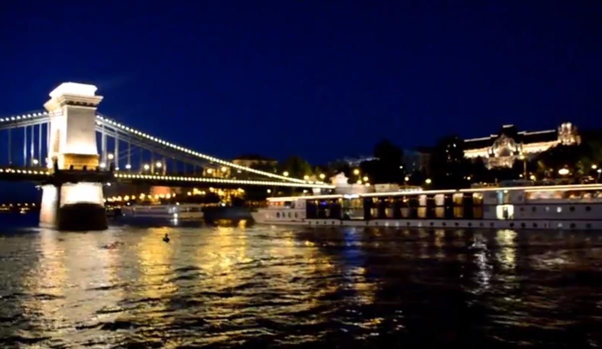 Budapest Un Viaje Sobre El Danubio Barco Crucero Budapest River Cruise