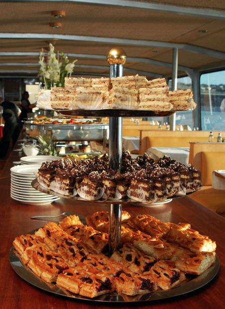 Budapest River Cruise with Dinner