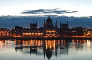 November Sunset Cruises Budapest