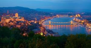 Budapest Opera Cruise Danube River Musical Show Moyan Breen