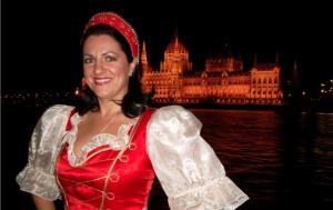 Budapest Opera and Operetta Danube cruise show