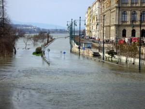 Budapest Danube River Flood Jonathan Koo