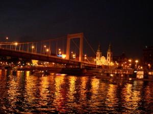 Elisabeth Bridge Budapest Night Cruise