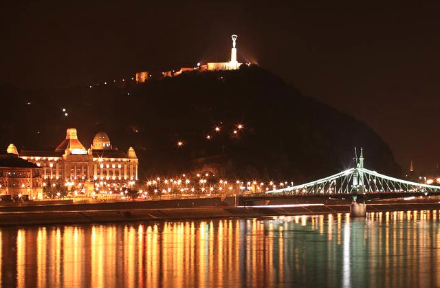 Gellert Hill Statue of Liberty Budapest Night Cruise