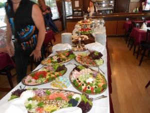 Buffet Style Dinner ExperiDance Budapest Modern Dance Show on Danube River Cruise