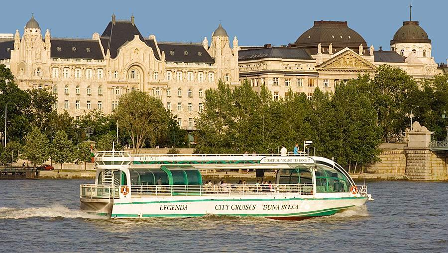 Duna Bella Cruise Ship Budapest Legenda Boats