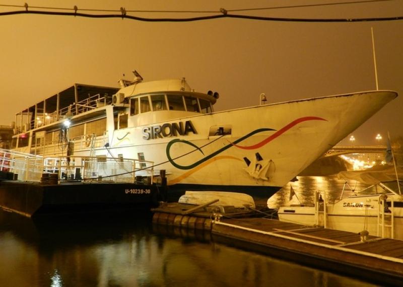 Sirona Ship at Night Budapest Cruises