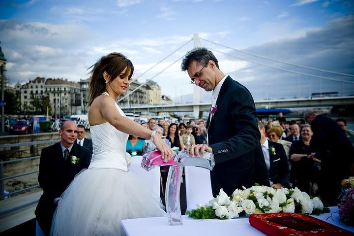 Wedding Reception On The Danube Zsofia Cruise Ship Budapest