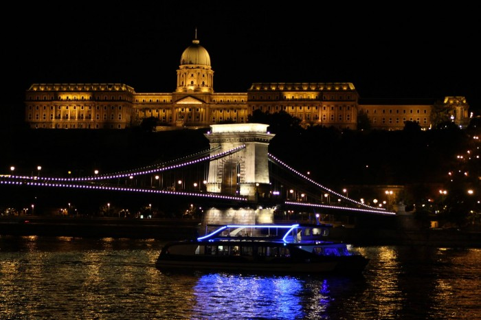 New Year's Eve Dinner Cruise & Piano in Budapest