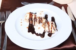 Dessert on Budapest Dinner Cruise - Nimrod Boat