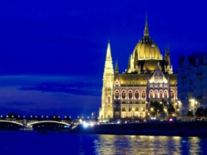 Budapest Sightseeing Christmas Cruise in early Sunset
