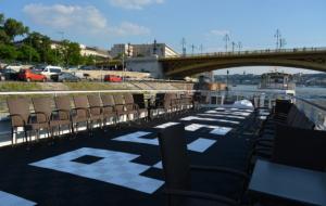 Prestige Ship Terrace