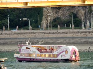 Budapest Cruise with Guide