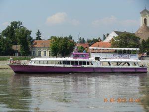Margitsziget Boat on Budapest - Szentendre Tour
