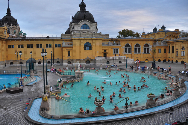Szechenyi Bath Ticket & Budapest River Cruise