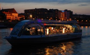 Budapest Evening Cruise Delfin Boat