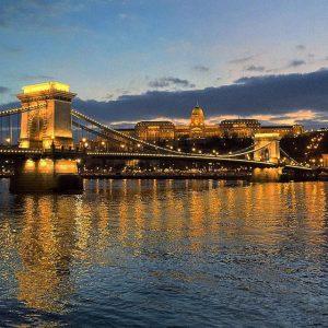 Budapest River Cruise December Chain Bridge photo by Gonzalo Iza