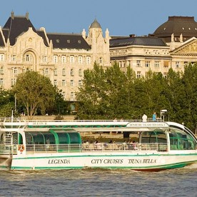 5.45pm Sightseeing Cruise in Budapest