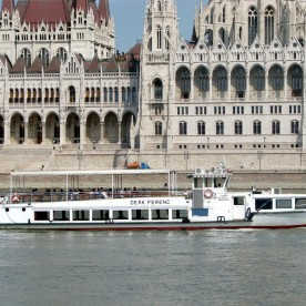 Unlimited Drink Package on Private Cruise Hire Budapest