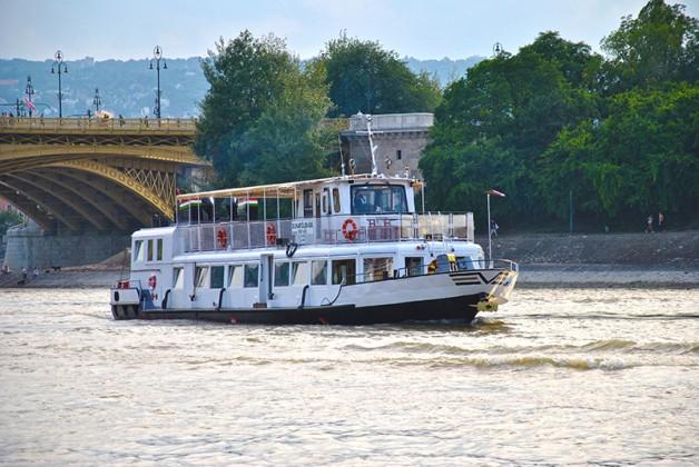 Dunafoldvar Private Boat Rental Budapest