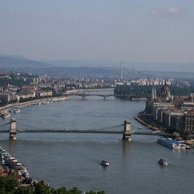 Day Cruise Budapest with Drinks or Lunch
