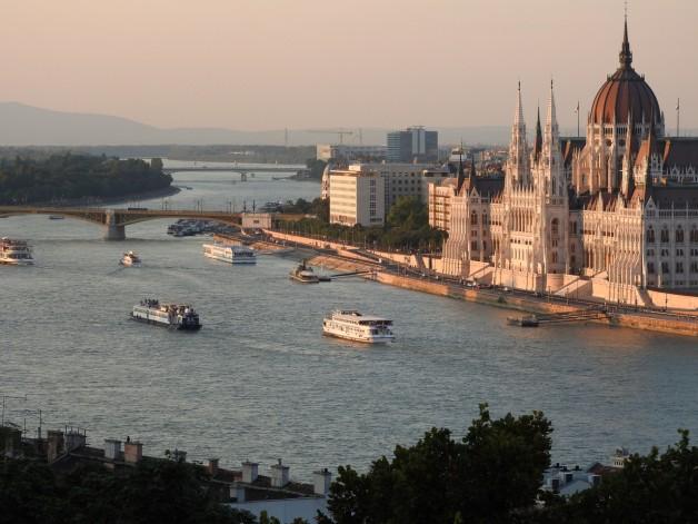 Budapest Christmas Brunch Cruise