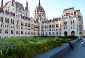 Budapest Hungarian Parliament Tour Package