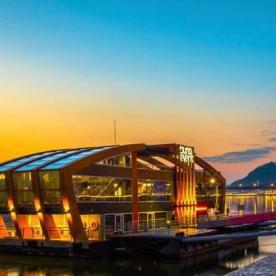 Folk & Operetta Budapest NYE Dinner Party on Standing Boat on the River Danube