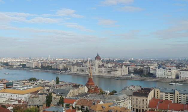 Budapest Budget Cruise & Parliament Tour